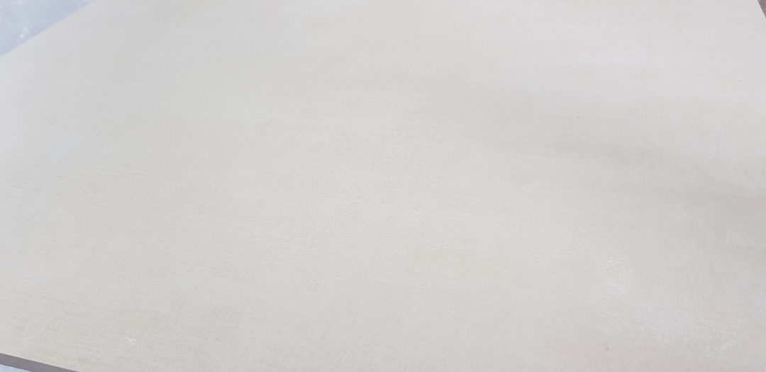 MADE WHITE 60X60